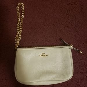 Authentic COACH large wristlet